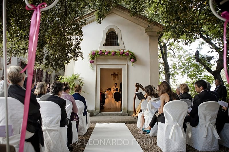 Matrimoni Toscana Location : Villa matrimoni con chiesa firenze